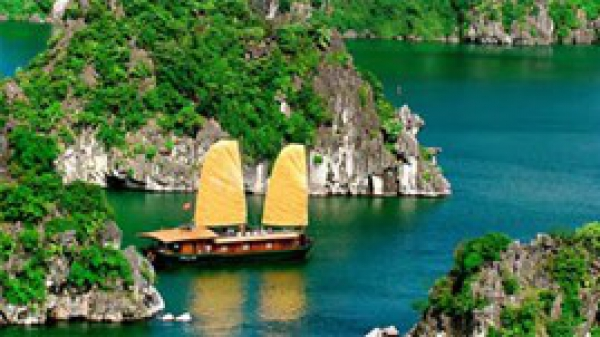 Contest focuses on splendor of Ha Long Bay